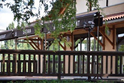 Restaurant avec grande terrasse à Roanne